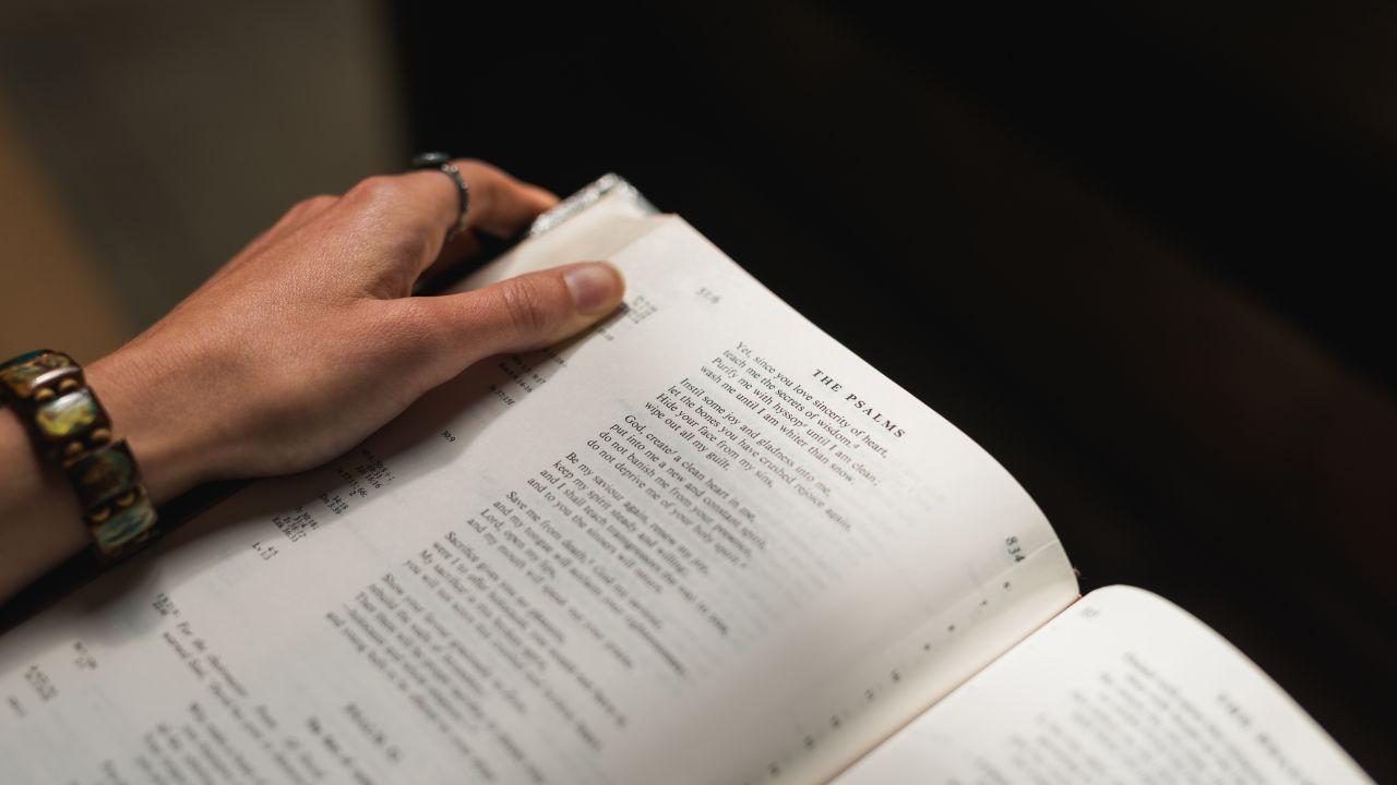 10 Versiculos de la Biblia muy Desconocidos que Nunca se Predican