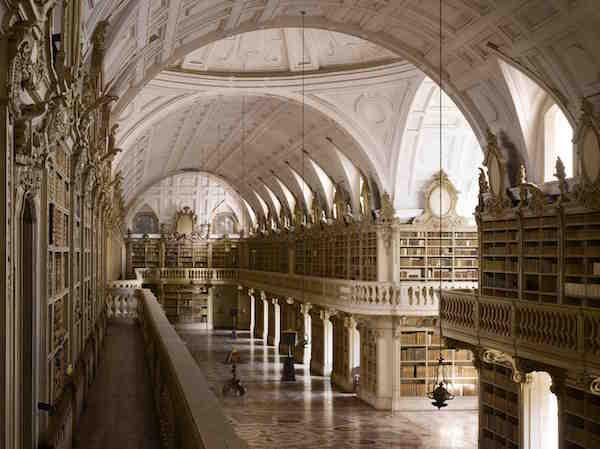 30 Bibliotecas con una arquitectura impresionante - 25