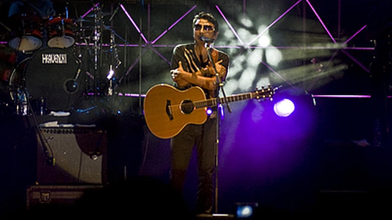 40  imágenes del concierto de Alex Campos en Armenia en el 2008