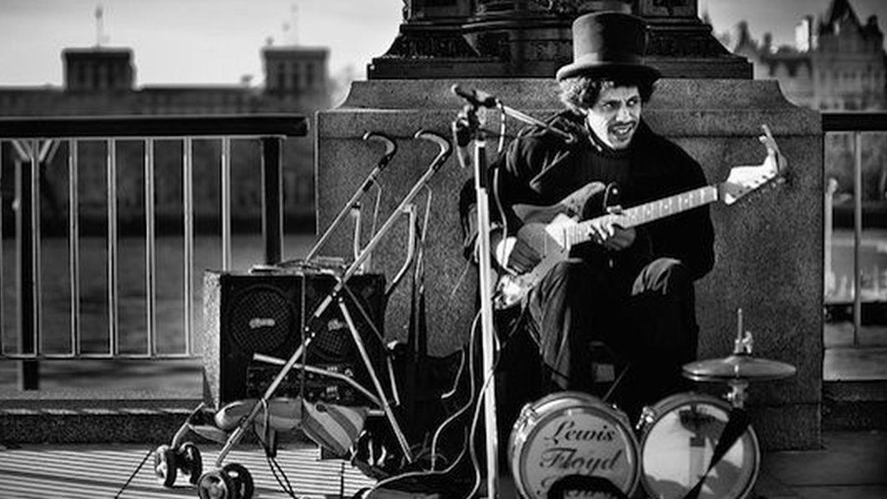 5 grandes músicos callejeros que te dejarán con la boca abierta
