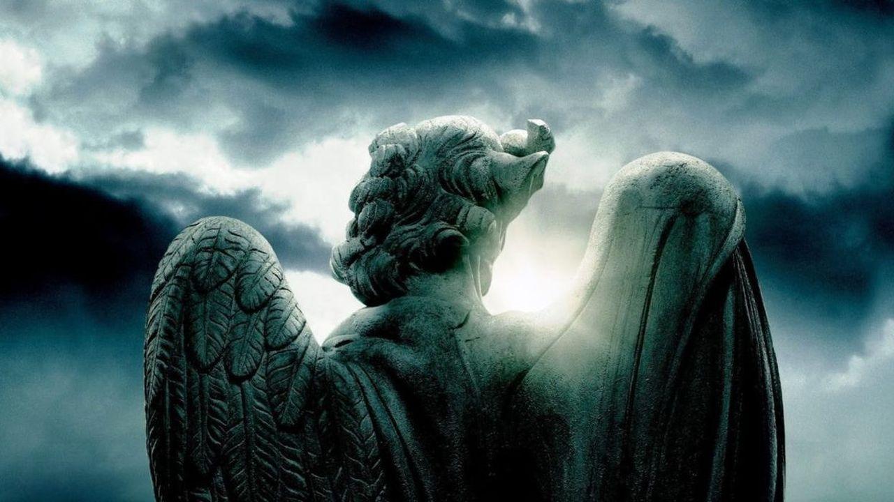 Los 8 tipos de ángeles y demonios de la Biblia