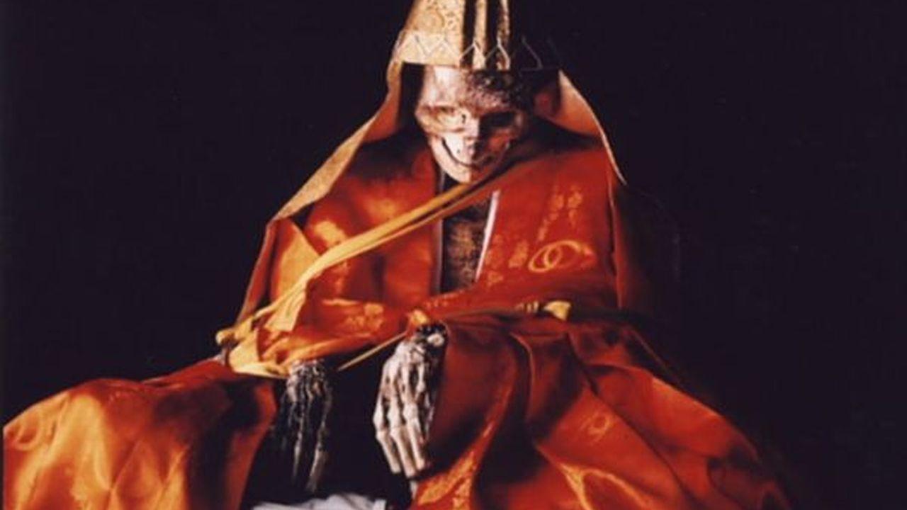 La auto-momificación budista