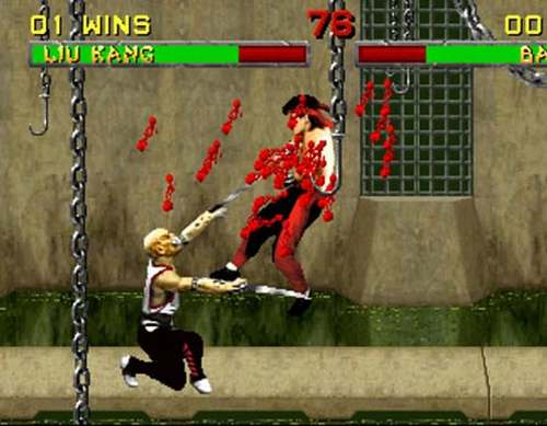 vemos la imagen de un vídeo juego algo macabra  alguien cuelga de una cadena