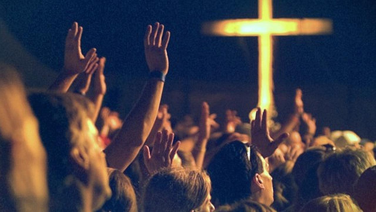 Adoración Contemporánea ¿Compromiso espiritual o entretenimiento carnal?