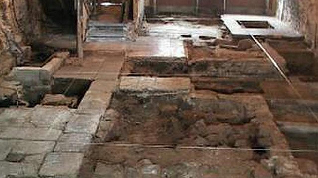 Arqueólogos encuentran la primera iglesia del mundo en Jordania