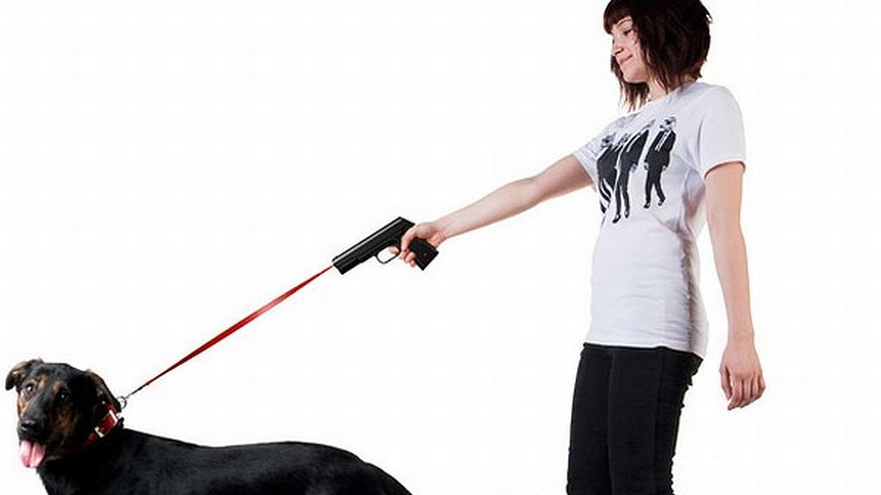 Correa para perro con forma de pistola