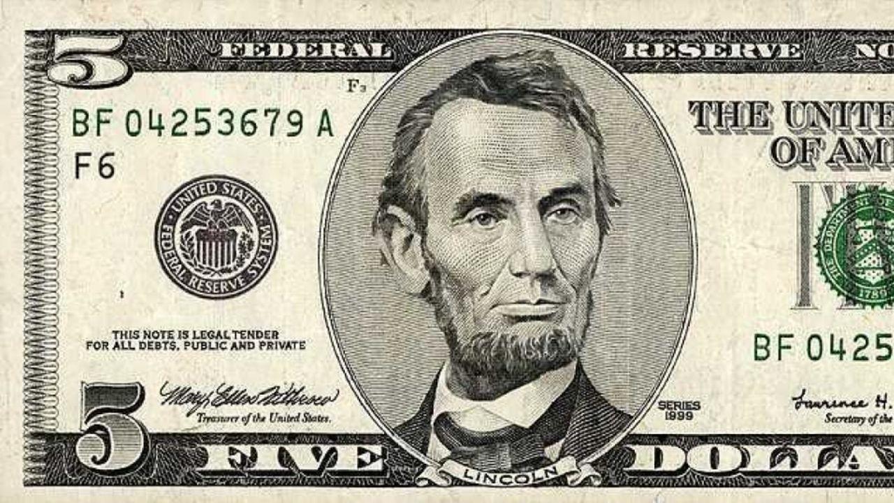 6 Dólares como no los ha visto antes: sin pelo