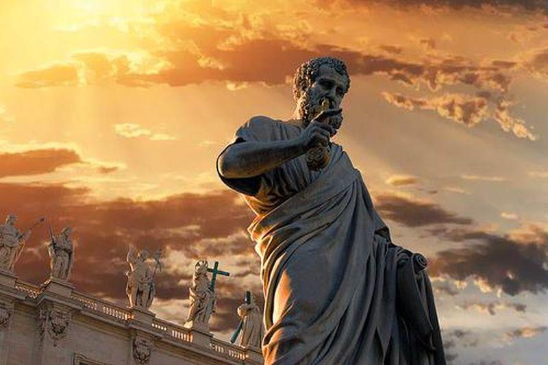 estatua de Pedro