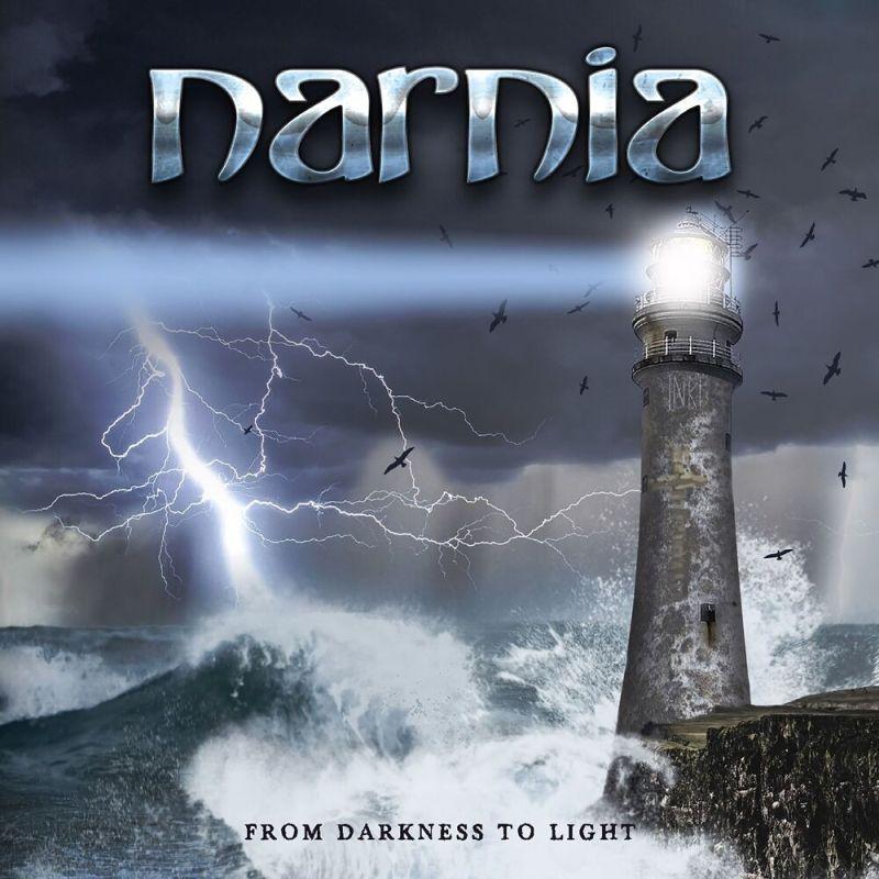 La palabra narnia y un faro aves volando y el mar picado y se lee de la oscuridad a la luz