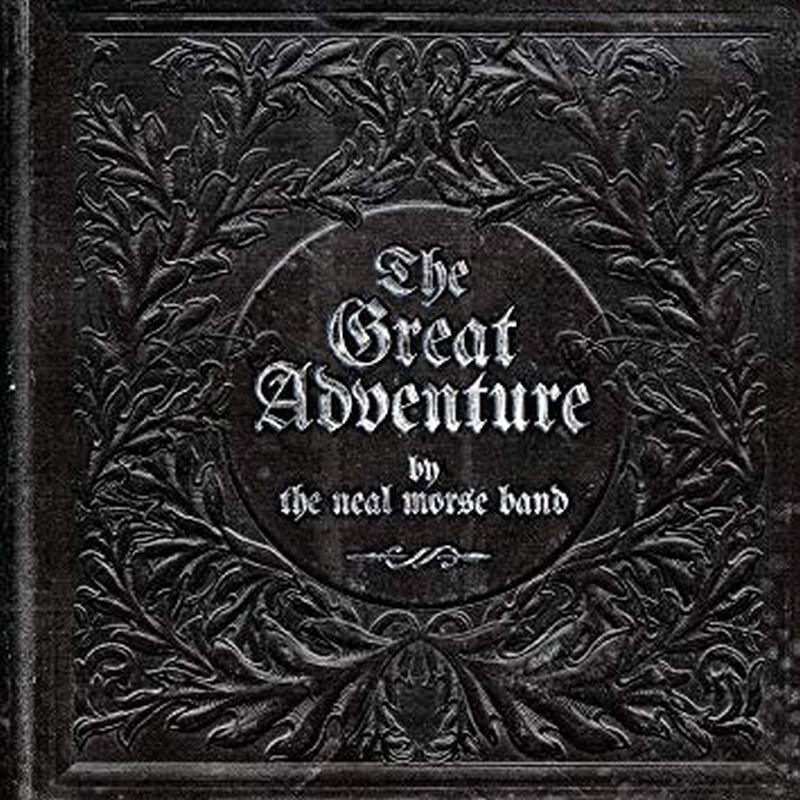 Una carátula con una forma de escudo negro con letras que dice la gran aventura