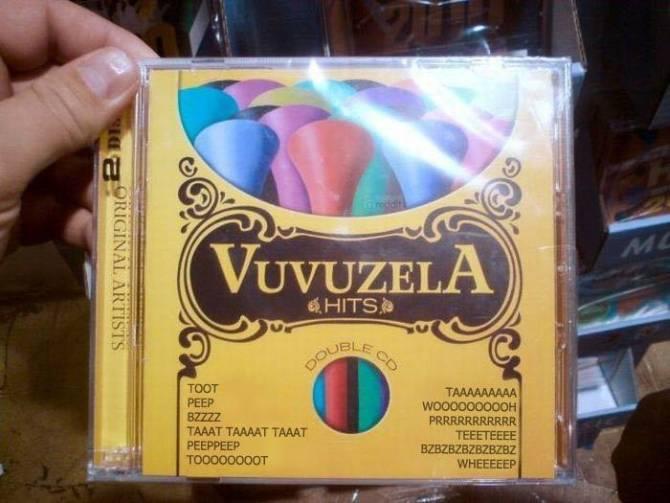 Un estuche de cd que anuncian temas que se tocan con la bubuzuela