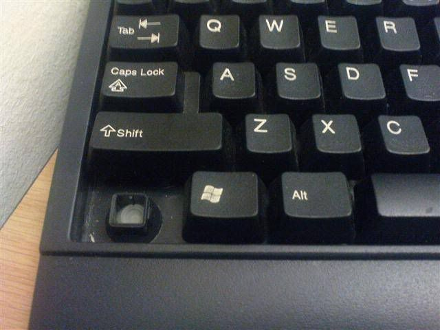 Un teclado de pc sin la tecla Ctrl
