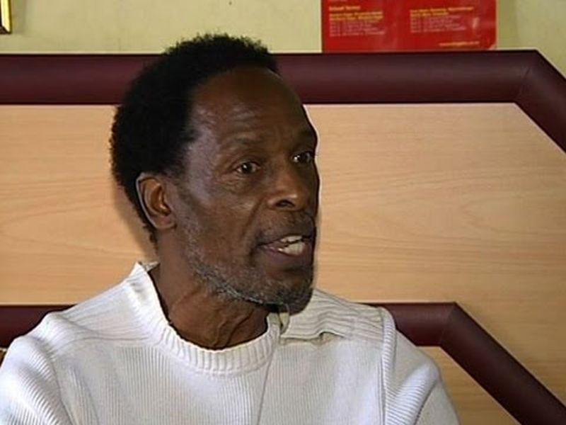 Moses Hlongwane en aparente entrevista
