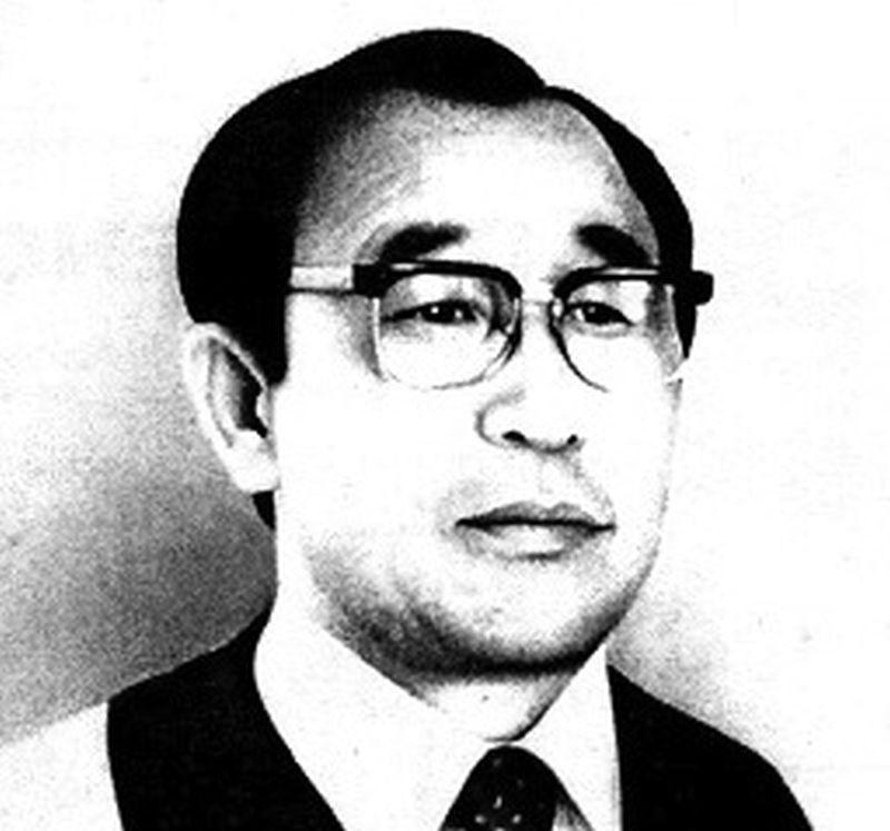 Foto a blanco y negro de Ahn Sahng-Hong