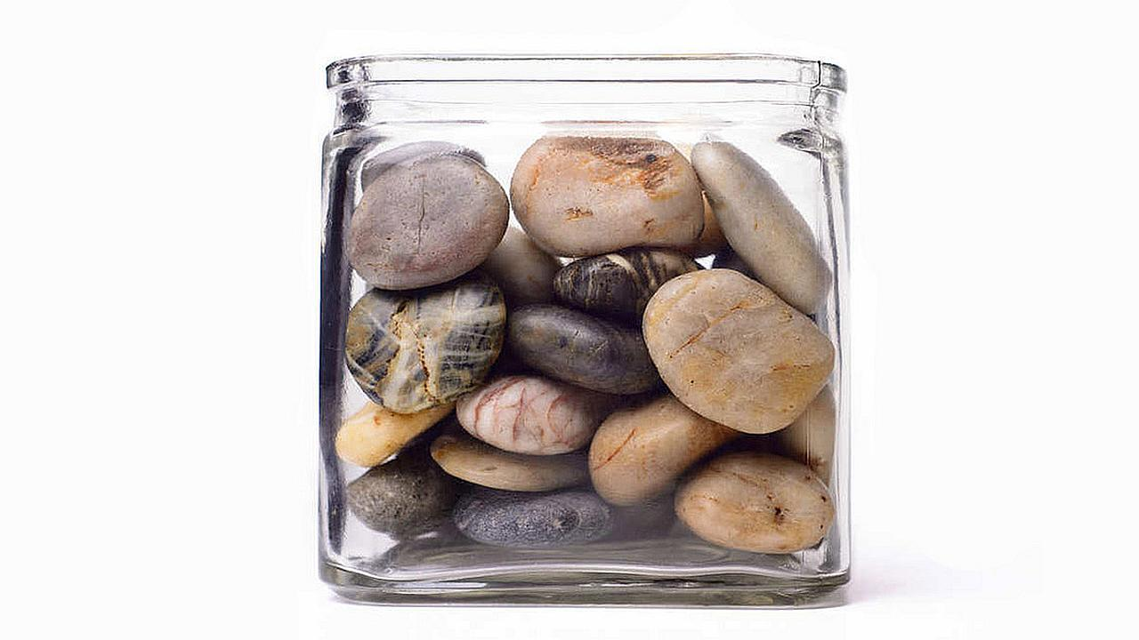 Las rocas grandes primero