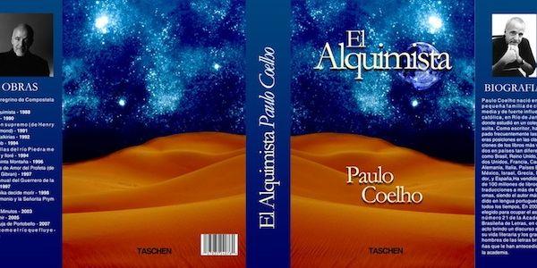 Tenemos un caratula azul y en ella una gran nebulosa llena de estrellas la foto de su autor y su nombre El alquimista