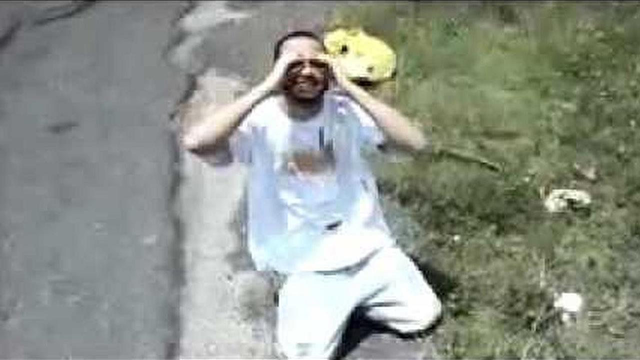Manny Montes (Feat. Memo y Ungido) - Es muy tarde ya