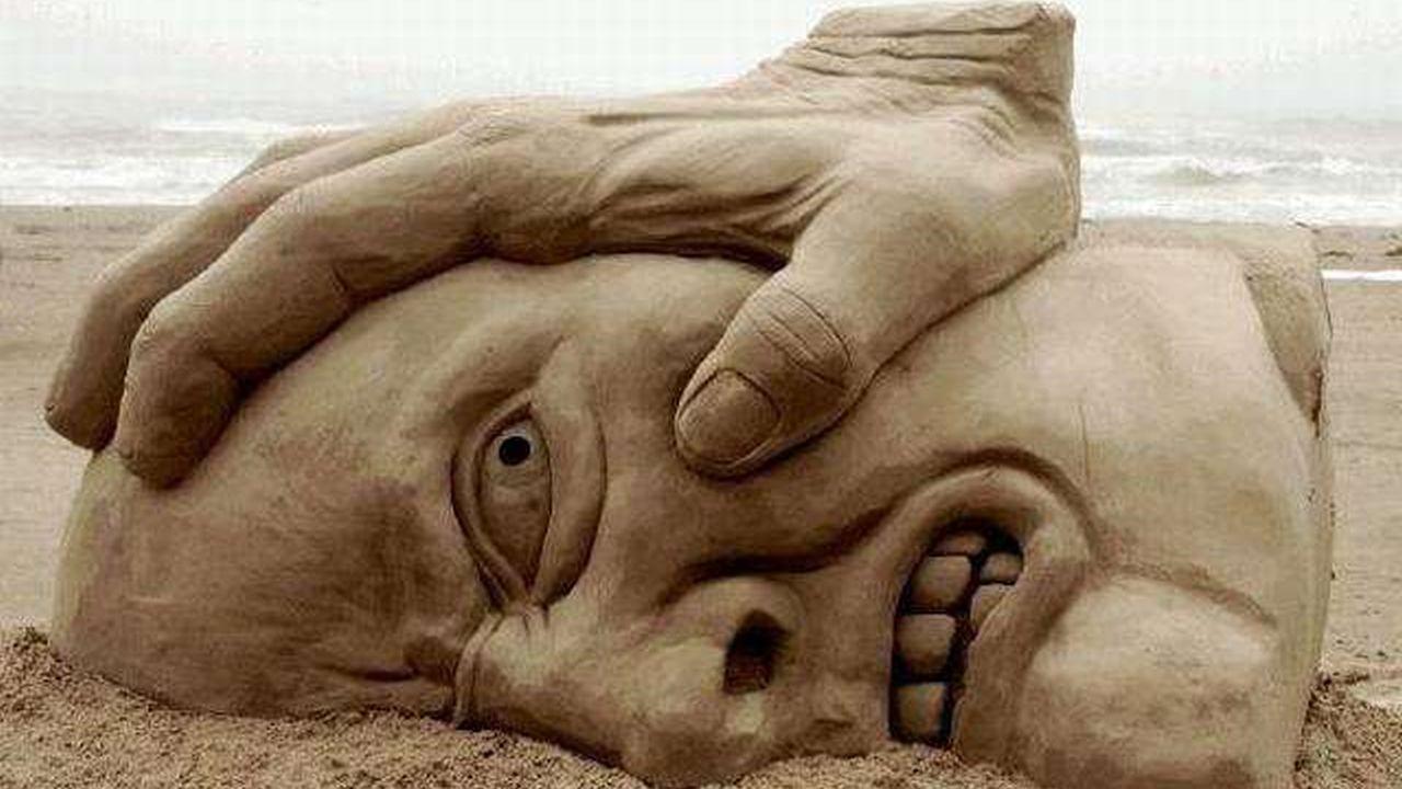 Más increibles figuras construidas en la arena