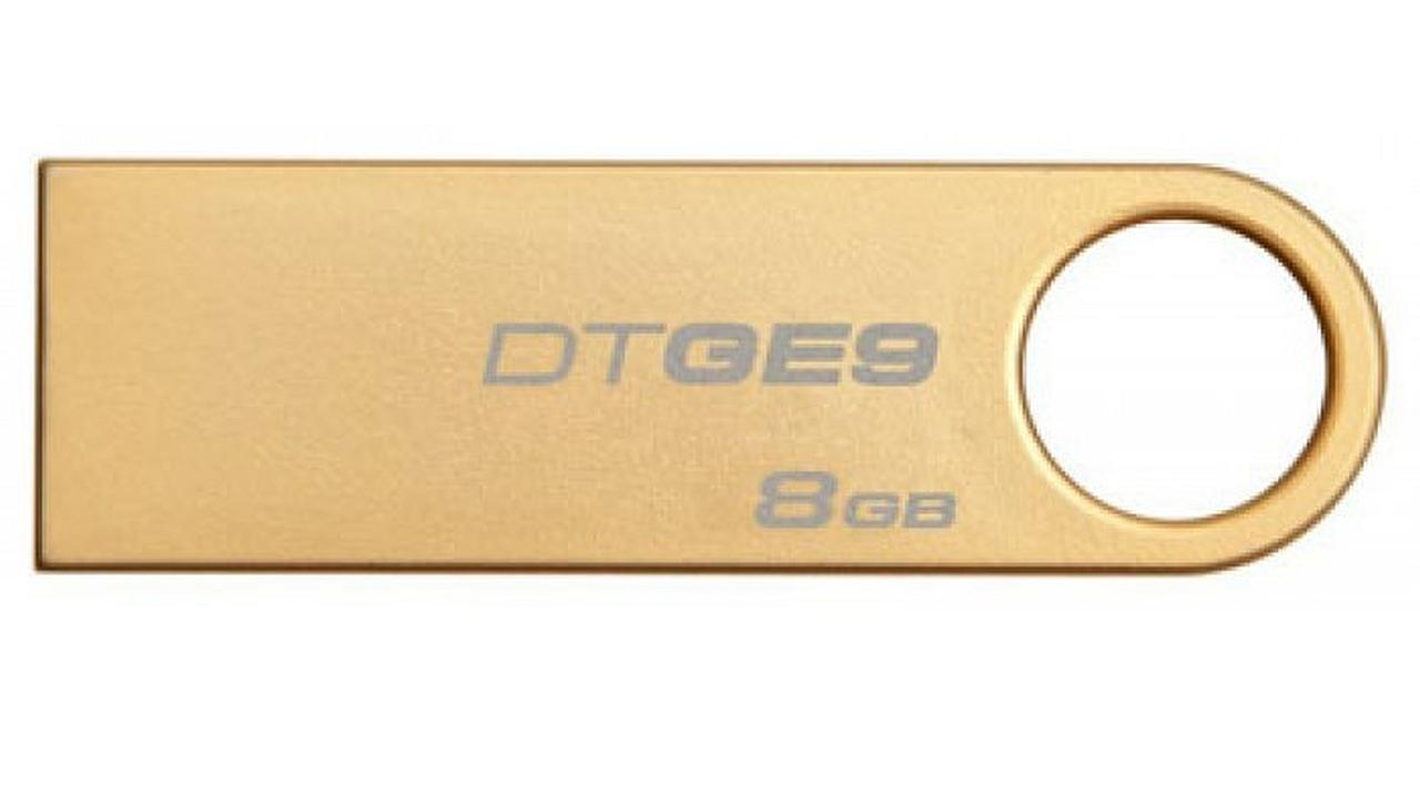 Pico-C: usb de 8GB de oro sólido