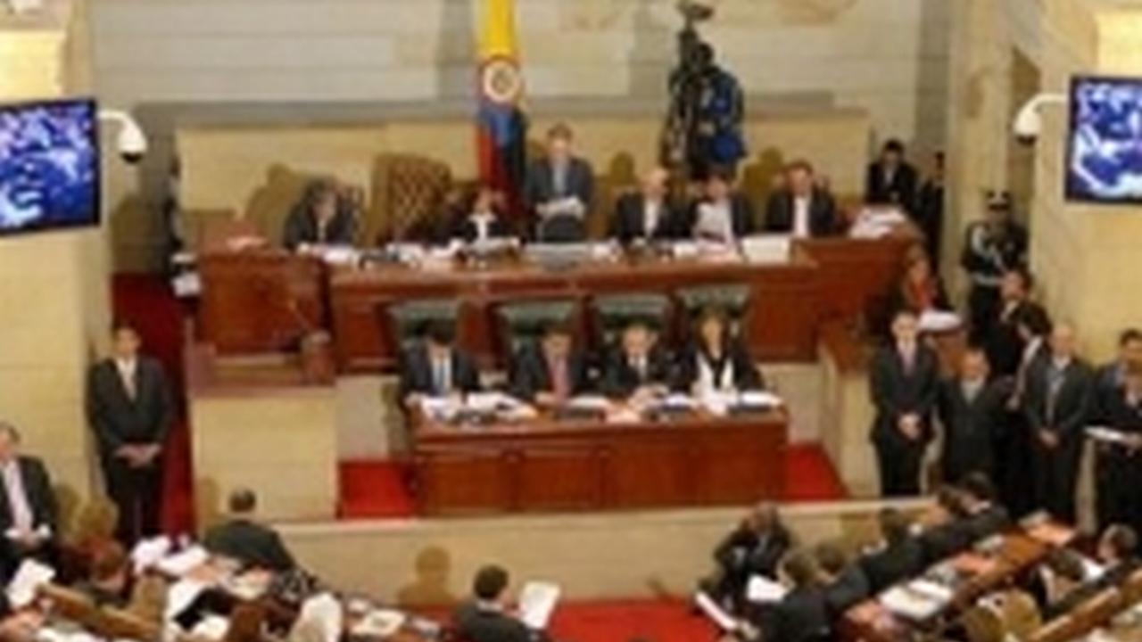 Por ley Colombia tendría un dia mundial de la oración