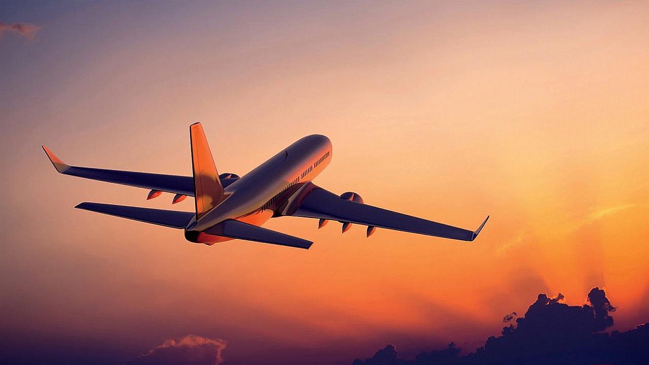 Prohiben sexo a bordo de aviones