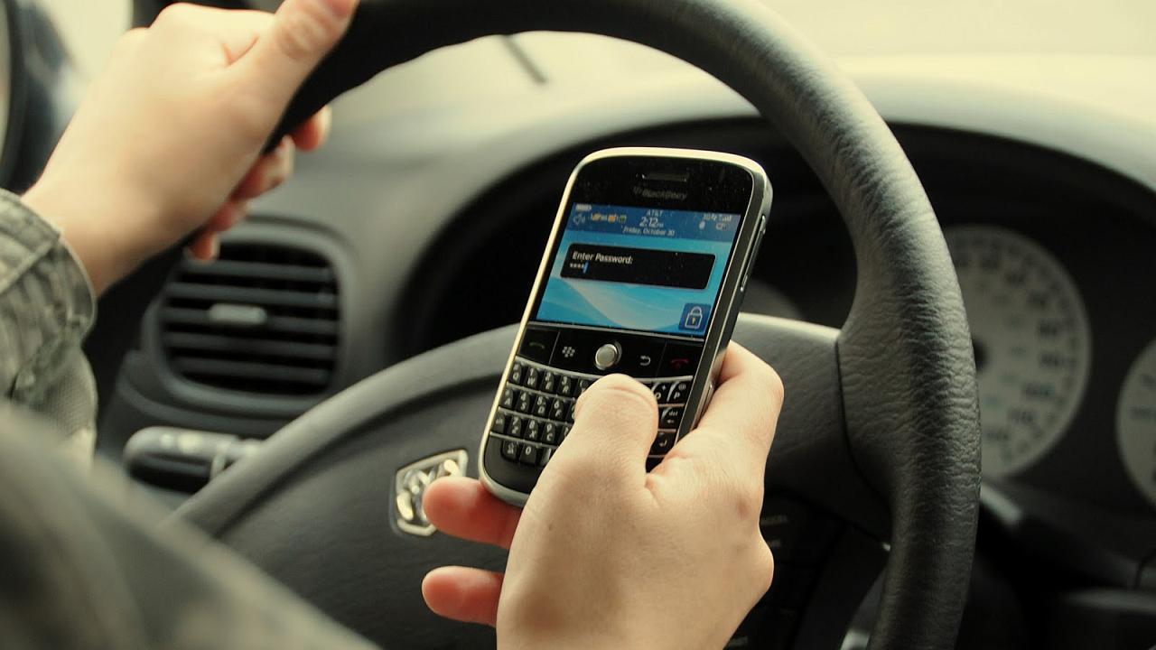 Tenga cuidado al conducir para evitar accidentes