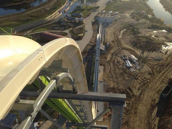 The Worlds Tallest Water Slides - Veruuckt