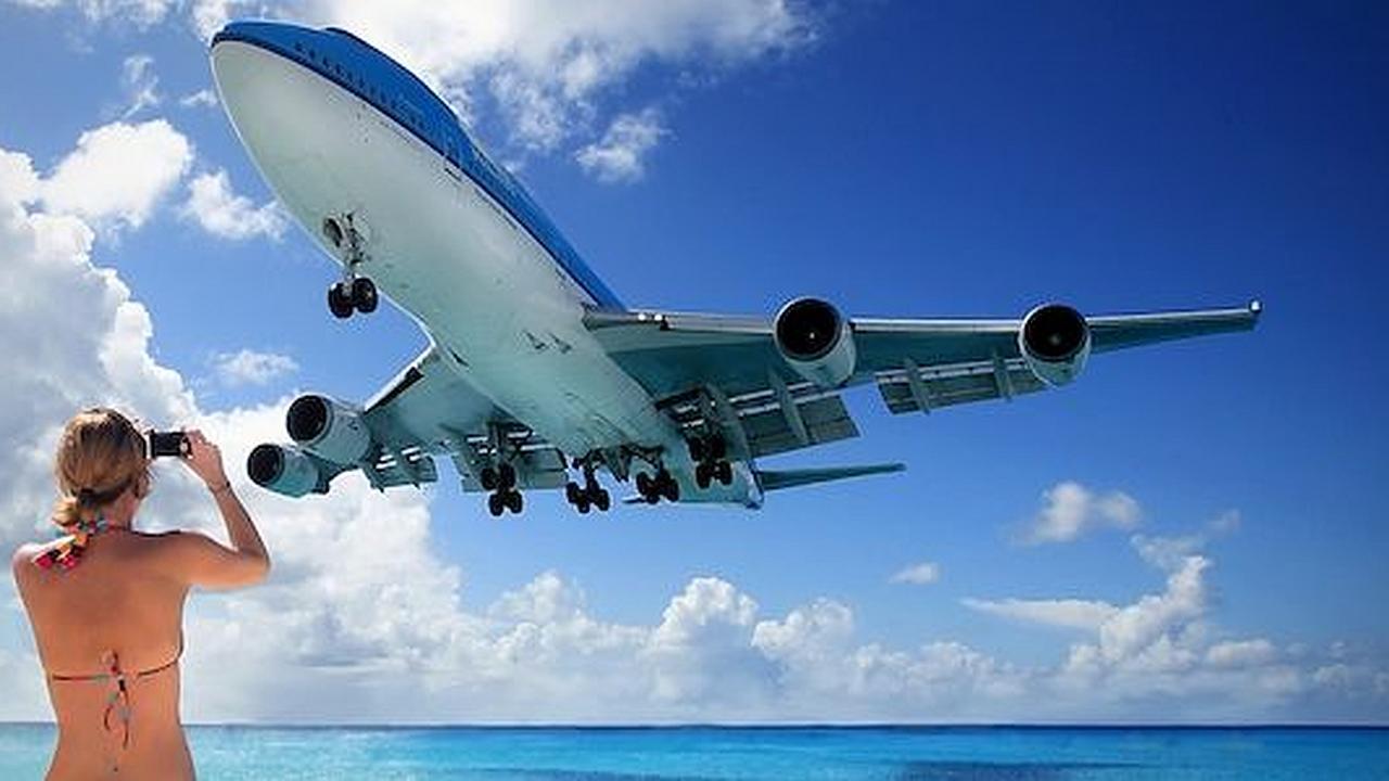 Un aeropuerto con una pista de aterrizaje muy peligrosa